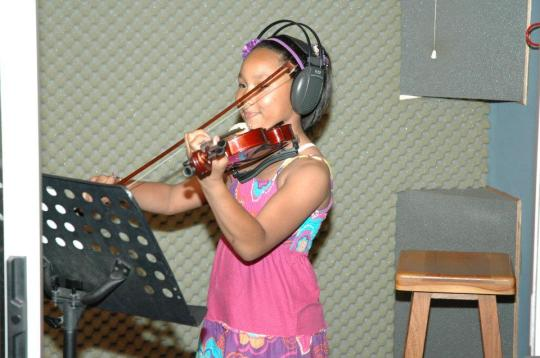 Estee Adams (10) from Erica Primary.  She does music at the Hugo Lambrechts Music Centre.