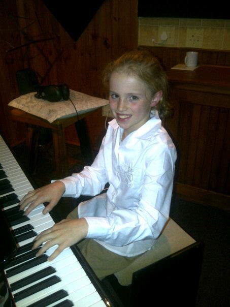Megan de Villiers (10) - Piano