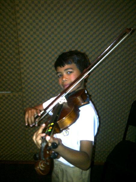 Steffan Brundyn (10) - Violin